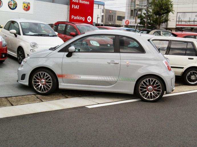 アバルト アバルト 500 595 違い : carcle.jp